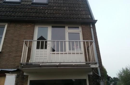 Hardhout balkon kozijn